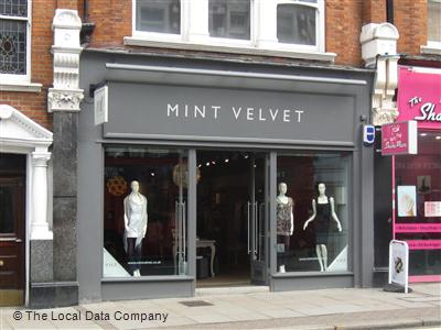 Shop; Mint Velvet; Mint Velvet 1. Mint Velvet believe that fashion should be fun, that luxury should be affordable, and that looking gorgeous needn't be difficult. They take the trends and relax them, creating seasonal collections for easy every day style that you can simply slip on and feel effortlessly chic. The contemporary collections are.